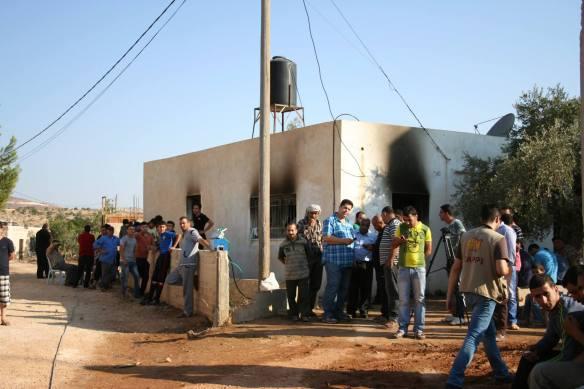 Casa da família Dawabsha com as marcas do incêndio criminoso. ©EAPPI-Burkhalter.J