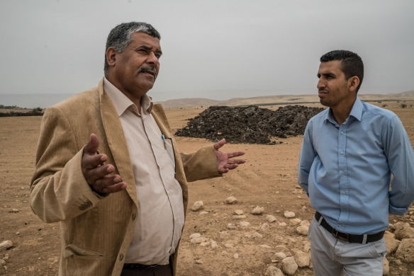 26-03-2016-Jordan Valley Al Auja Mayor shows Palestinian Plot 25 with settler fertilizer G Soares